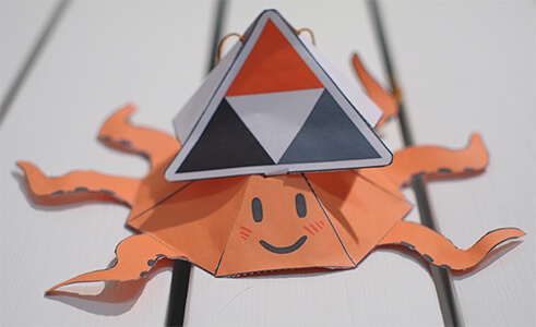 photo of PeerTube paper toy cutout